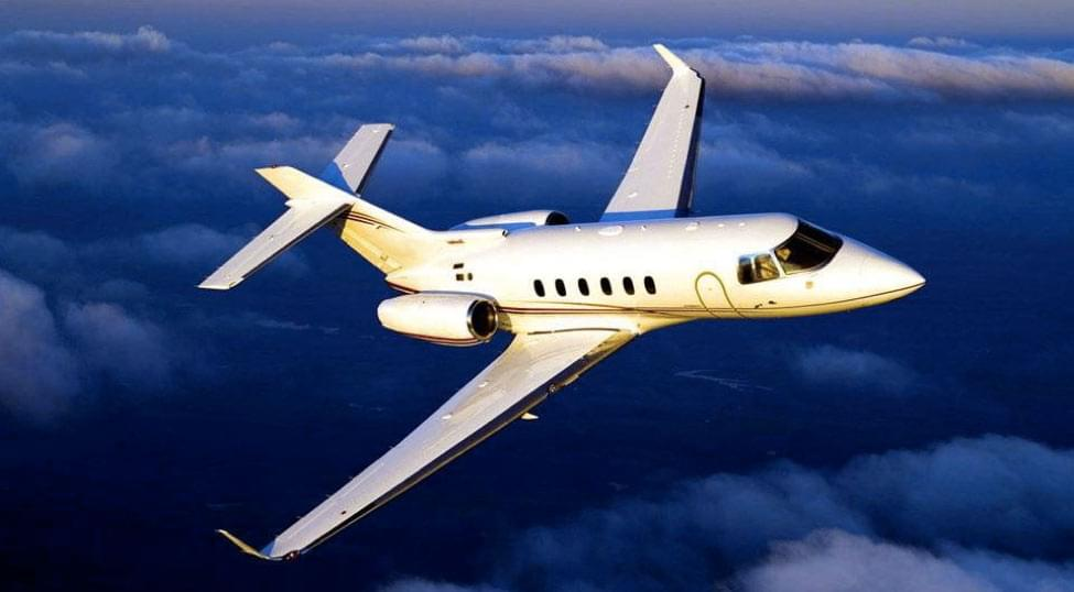 Charter the Hawker 800 series (800A, 800B, 800XP) Midsize Jet-8-448.70410367170626-2620