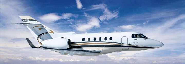Midsize Jet Hawker Beechcraft 900XP to charter for private flights with LunaJets, spacious cabin for utmost comfort, enjoyable and relaxing